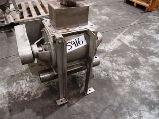 Drop Through Rotary Valve, IN: 220mm L x 120mm W, OUT: 220mm L x 220mm W