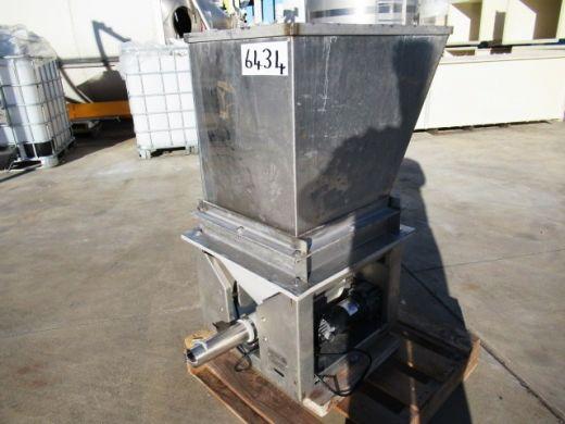 Volumetric Dry Material Feeder, Accurate